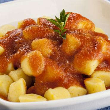 Nhoque de Mandioquinha com Passata de Tomate