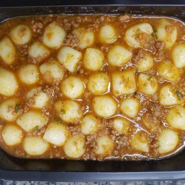 Nhoque de batata à bolonhesa