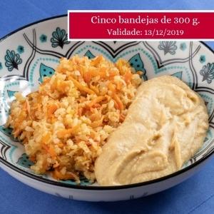 Kit com 5 bandejas de homus com arroz aletria